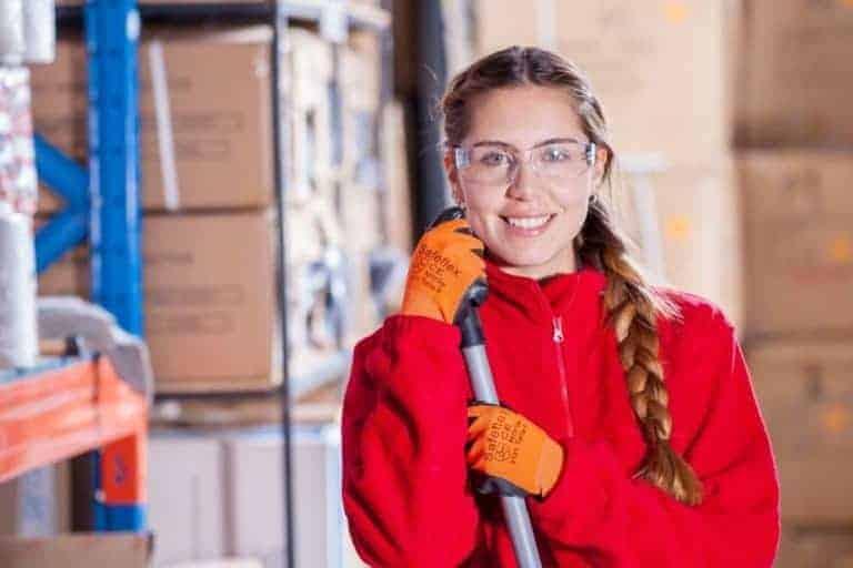 Conseils pour choisir son entreprise de nettoyage : cinq critères à considérer